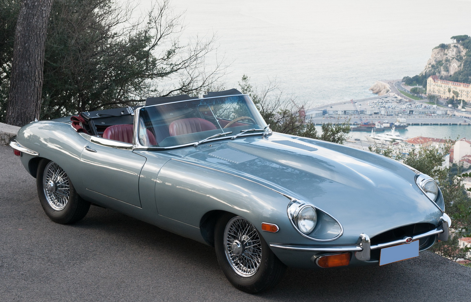 Jaguar E Type Roadster Rent A Classic Car The Classic Car Rental In Portugal